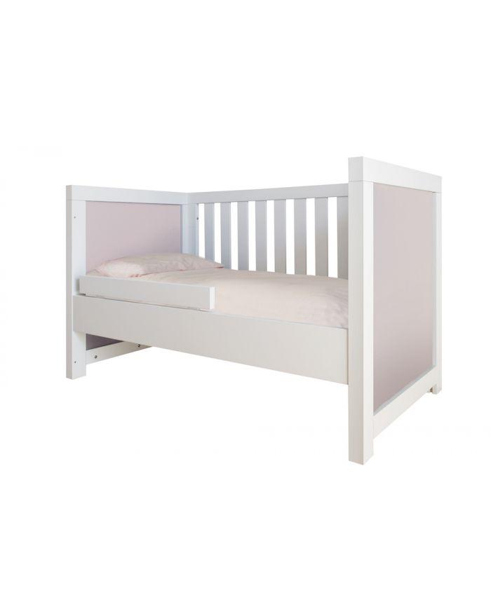 bobo kids mobilier design et contemporain b b et enfant berceau lit b b lit enfant bureau. Black Bedroom Furniture Sets. Home Design Ideas