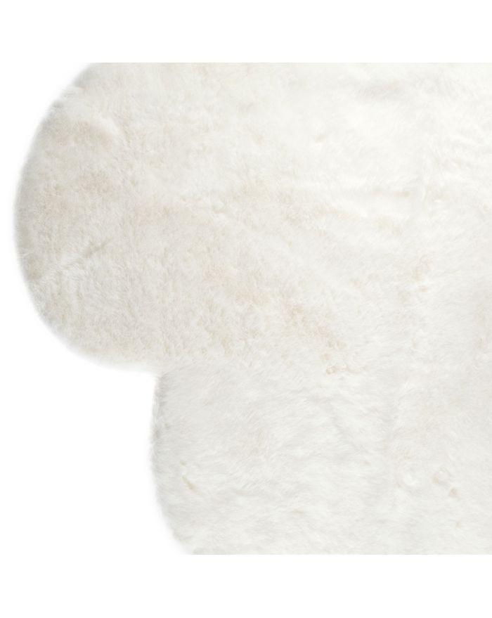 tapis pilepoil nuage tapis rond en fausse fourrure gris clair cm pas cher with tapis pilepoil. Black Bedroom Furniture Sets. Home Design Ideas