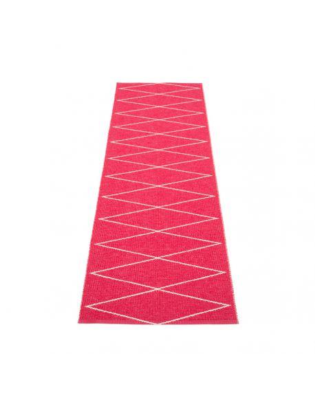 PAPPELINA - Tapis design en plastique Max Framboise - 5 tailles disponibles