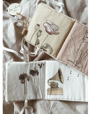 Konges Sløjd - Fabric book - Girl