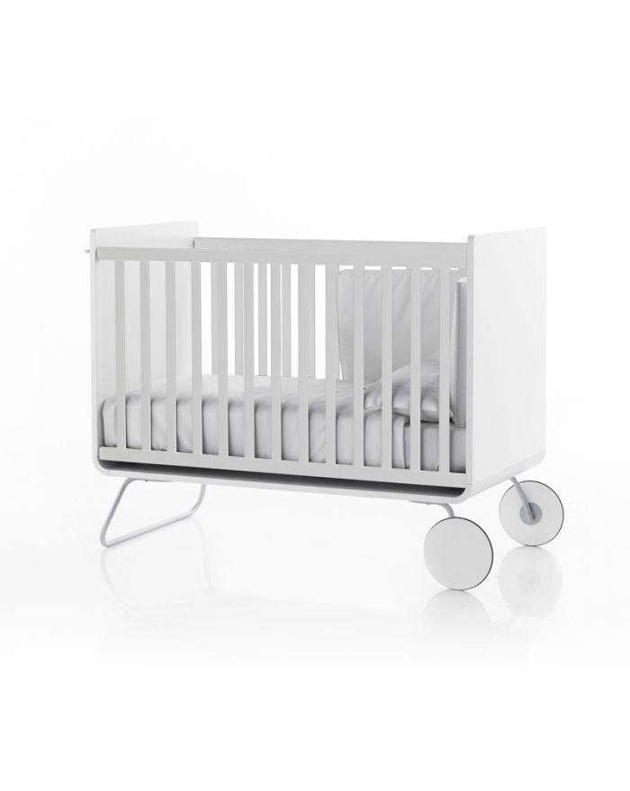 be be cot lit b b volutif design devenant bureau barreaux coulissants kids love design. Black Bedroom Furniture Sets. Home Design Ideas